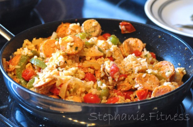 CHICKEN SAUSAGE & BROWN RICE CREOLE