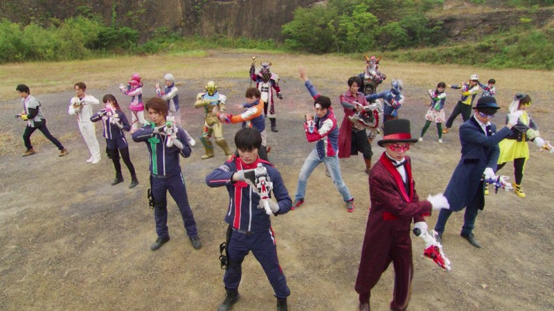 Good Ol' Review: Rudderless Lupinranger VS Patranger VS Kyuranger an Uninspiring Dud
