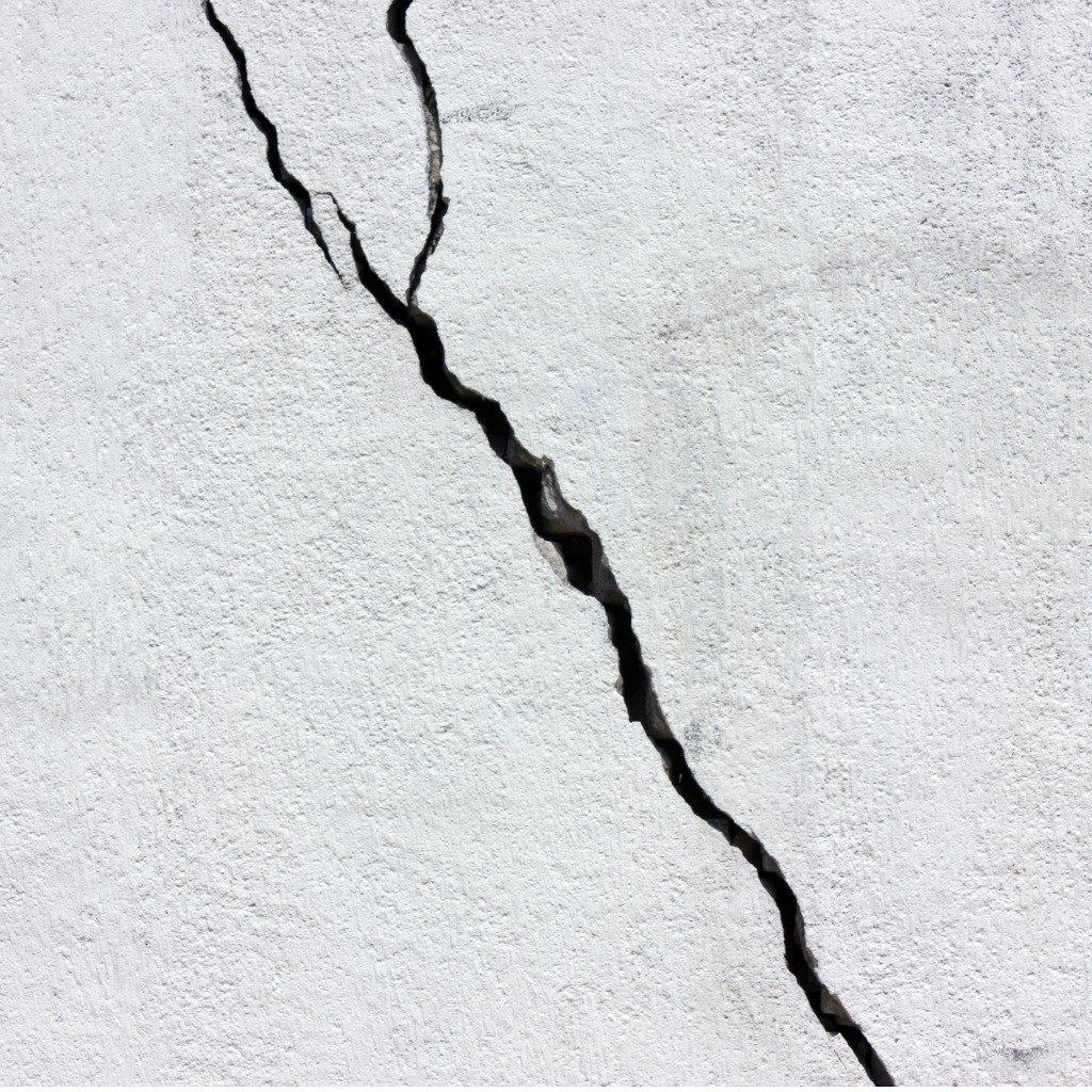 Foundation Crack Repair Service Dry Effect Of Cincinnati