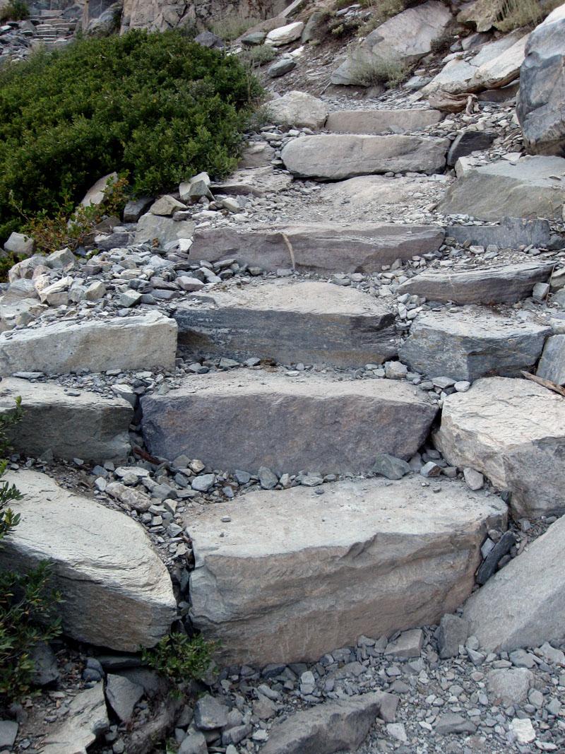 Drystonegarden 187 Rock Step