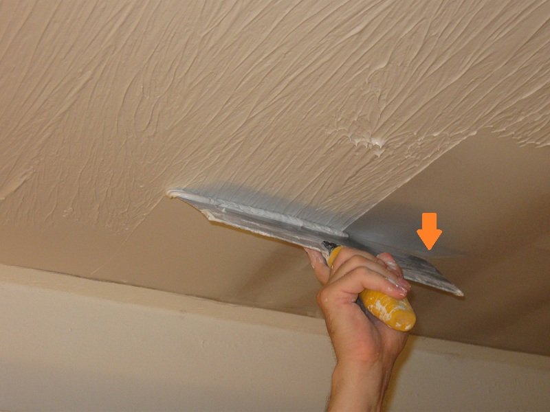 Applying Drywall Compound With A Paint Roller
