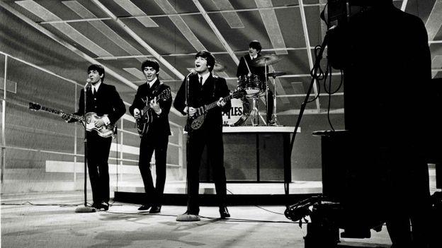 """Retour aux sources : """"L'histoire croisée des Beatles et des Stones"""""""