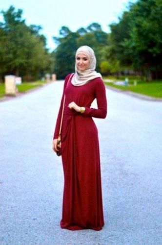Gambar Baju Trend 2017 : gambar, trend, Simpel, Elegan, Dengan, Pilihan, Outfit, Gamis, Sederhana, Untuk, Hijaber, Cantik