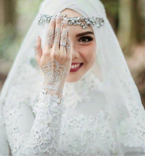 Anggun Dan Cantik Di Hari Bahagia Dengan 10 Rekomendasi Aksesoris Pengantin Wanita Muslimah Jawa Dan Modern