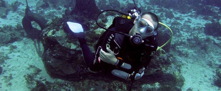 Romuald- moniteur du Diamant Subaquatic Club- club de plongée du Diamant