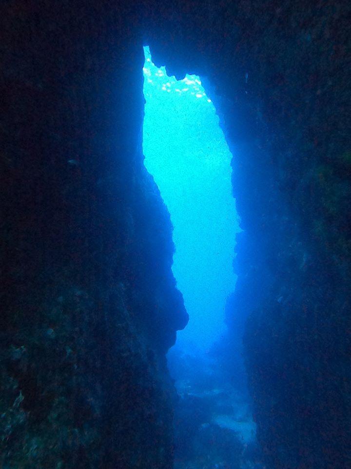 La faille du rocher- DSC club de plongée du Diamant