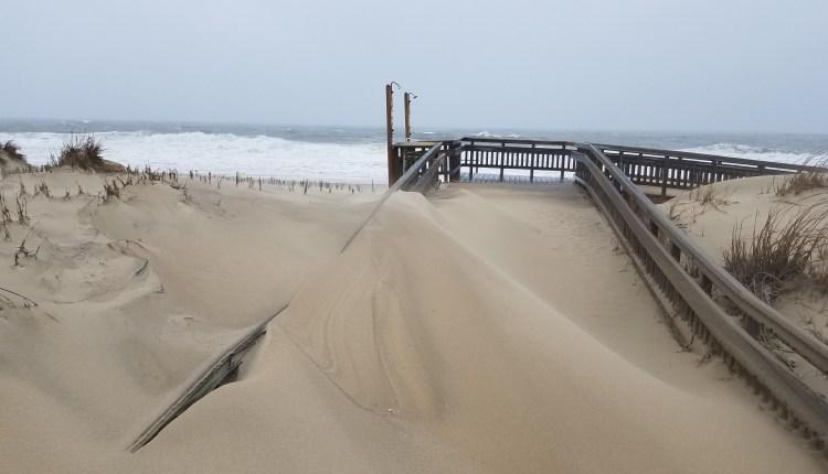 serious dune building