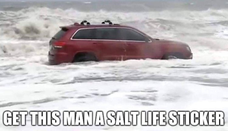 One of the best Jeep memes from Hurricane Dorian