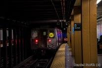 W Train Departs 5th Avenue-59th Street
