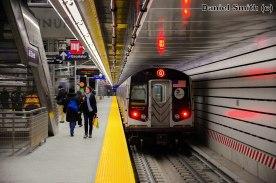 Q Train Leaves 86th Street