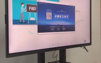 [ผลงาน] K MAN GROUP เลือกใช้จอ Interactive Whiteboard แทนโปรเจคเตอร์