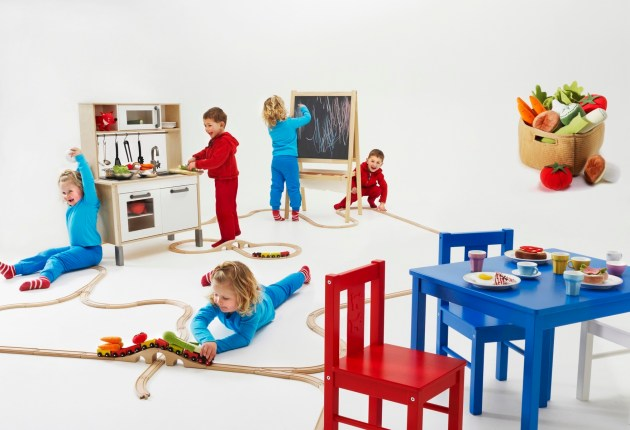 Living with children (3)