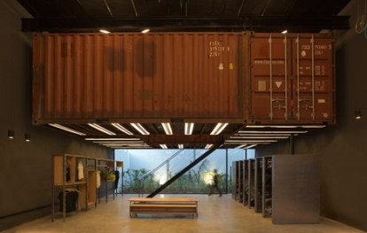 La-Plata-Store-bbcarquitectos_dezeen_468_2
