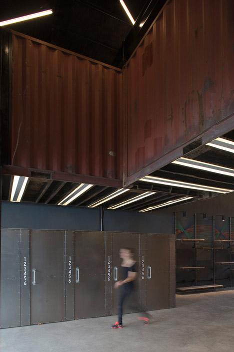 La-Plata-Store-bbcarquitectos_dezeen_468_4