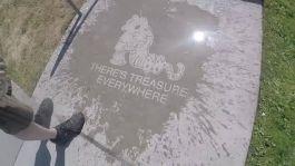 img-theres-treasure-everywhere-calvin-hobbes-rainwork-891