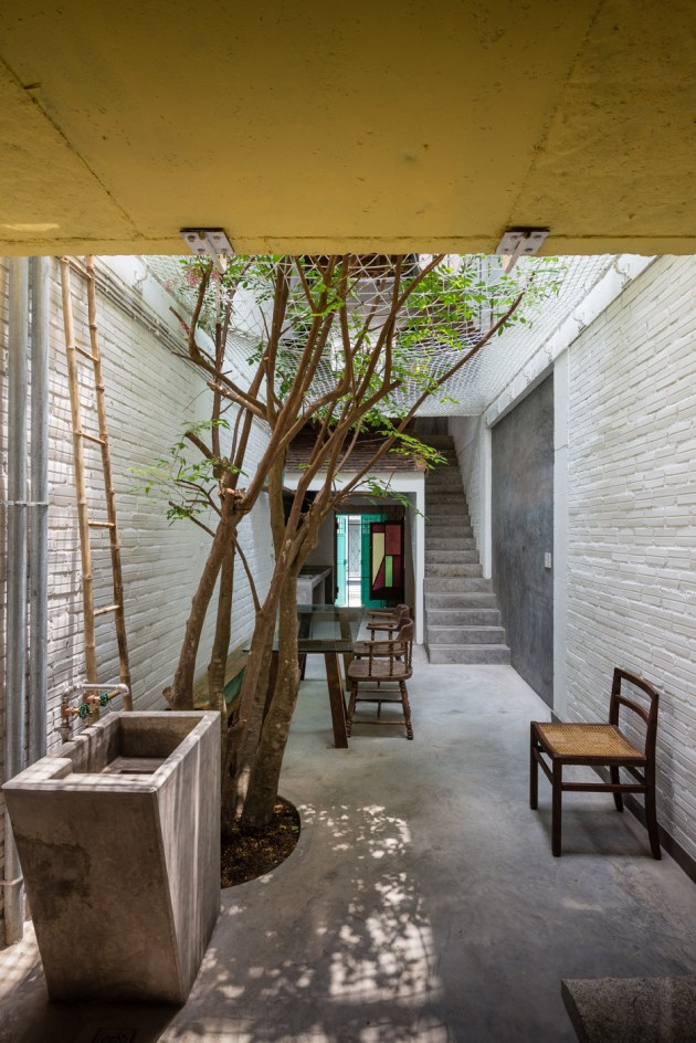 Saigon-house_a21-studio_architecture_dezeen_936_3