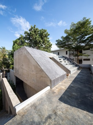 so-fuzzy-dentist-house-chiangmai-thailand