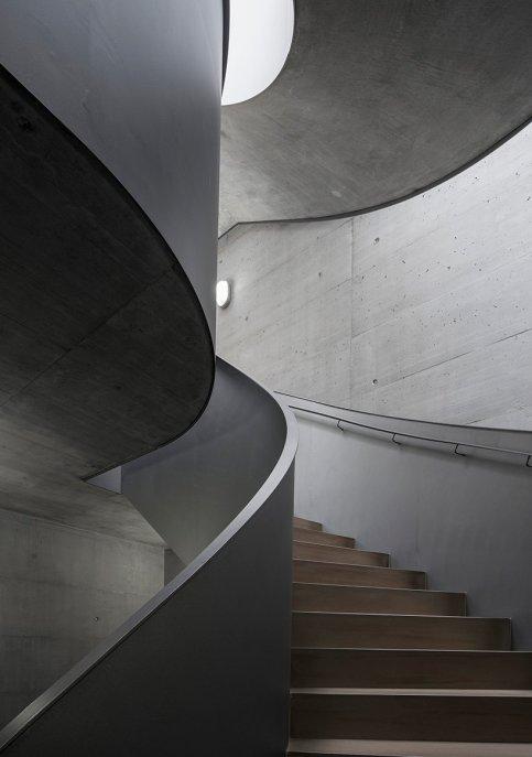 manuel-herz-ballet-mechanique-housing-zurich-switzerland-designboom-08