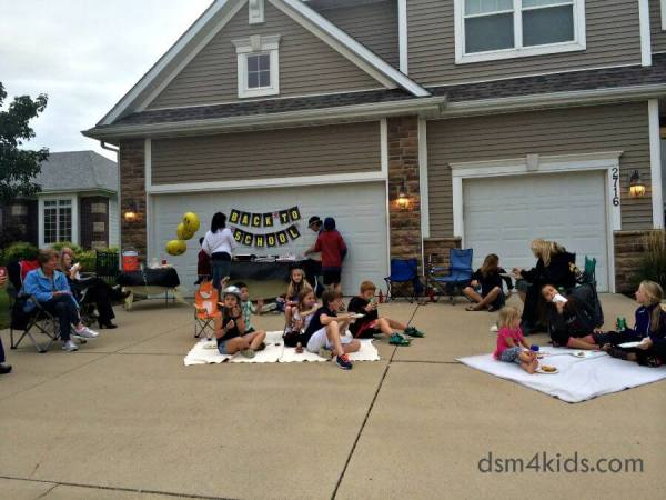 Neighborhood Back To School Party & Printables – dsm4kids.com