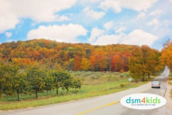 25 Perfect Fall Family Day Trips from Des Moines - dsm4kids.com
