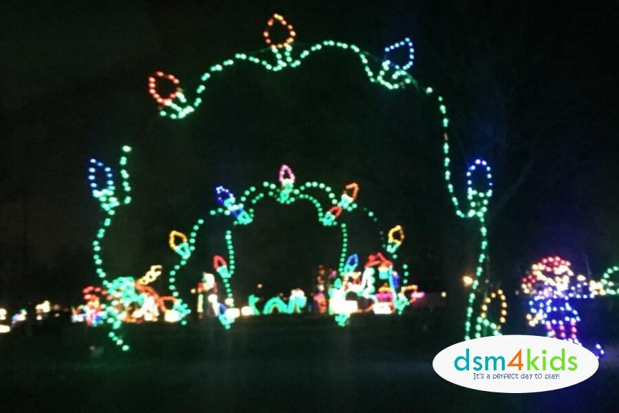 Christmas Lights Des Moines Ia 2020 2018: Guide to Holiday & Christmas Light Displays in Des Moines