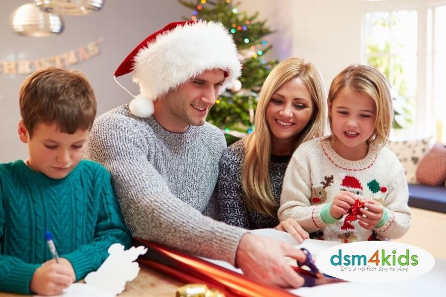 7 Ways to Give Back as a Family this Holiday Season in Des Moines