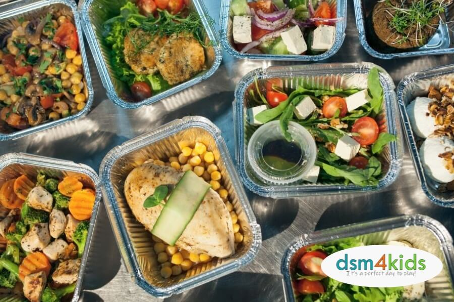 Where to Order Family Meals for Pickup or Delivery in the Des Moines Area