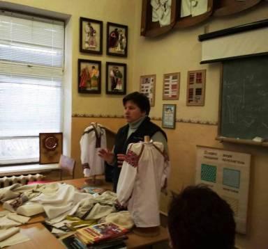 Майстер-клас із бойківської вишивки від доцента Надія Кузан