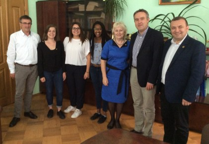 Зустрiч Посла Бельгiї Люка Якобза з бельгiйськими студентами, якi проходять семестрове навчання на соцiально-гуманiтарному факультетi ДДПУ iм. I. Франка
