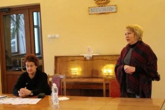 Зліва направо: Еліна Свенцицька, доц. Віра Меньок