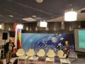 Ґжеґож Ґауден оголошує виступ-презентацію Віри Меньок про Міжнародний Фестиваль Бруно Шульца в Дрогобичі.