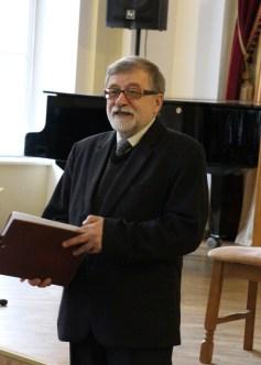 Ведучий концерту доцент Богдан Пиц