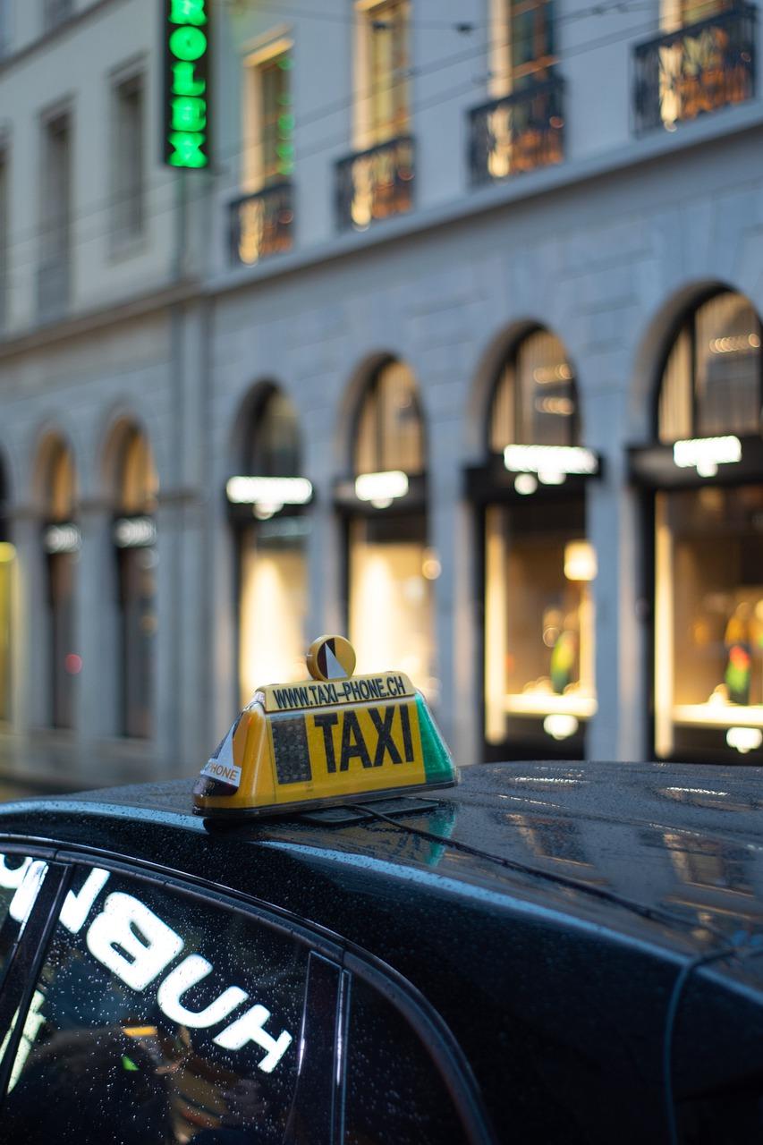 city, taxi, car-5931326.jpg