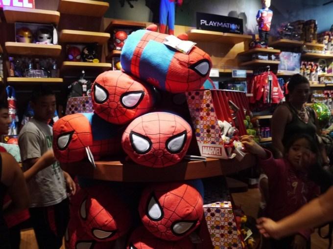 DisneyStore-07