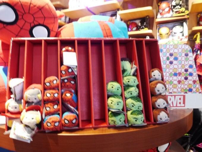DisneyStore-08