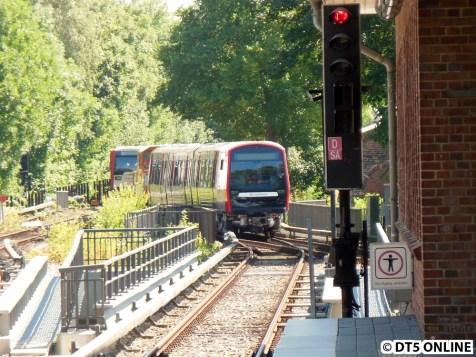 ... dort trifft der Zug auf den DT3-Verband 849/834.