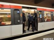 Am Stephansplatz endet nach einer halben Stunde unsere Fahrt, die Kontrolleure werden nun im nächsten Zug in Richtung Großhansdorf weiterkontrollieren.