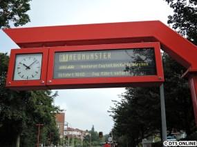 Noch kennt das System den LINT nicht und will den Zug planmäßig in Kaltenkirchen teilen. Das wird aber sicher noch geändert ;)