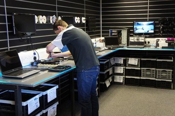 Laptop Repair Penrith Workshop