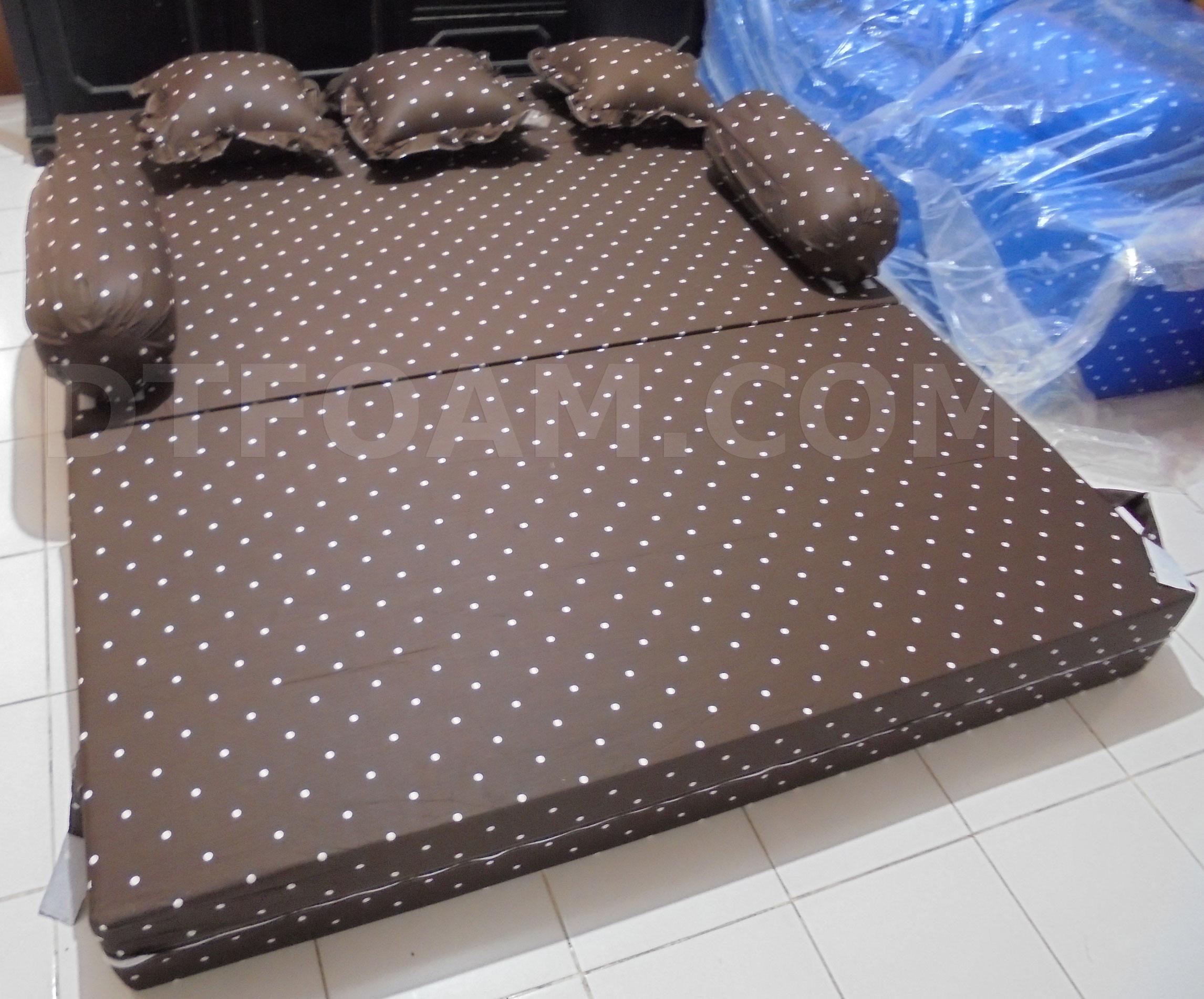 sofa bed kasur busa lipat inoac jakarta reupholstering multi fungsi dottie coklat minimalis murah