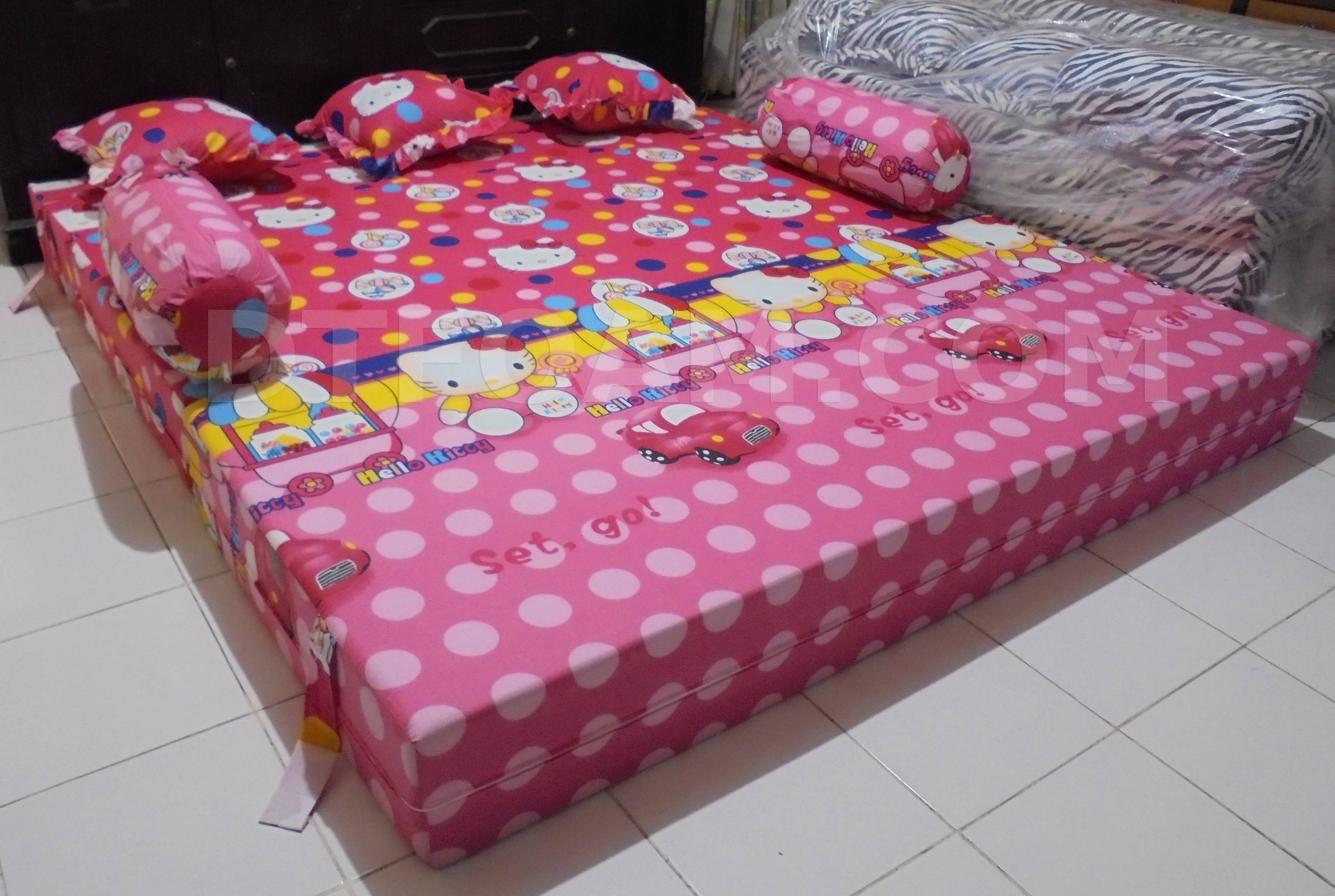 harga cover sofa bed inoac sectional with built in corner table hello kitty pink biru buble 4 dtfoam com