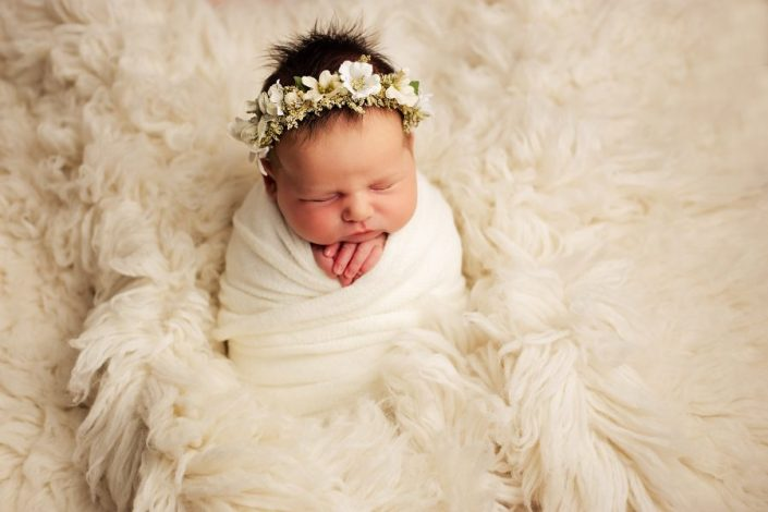 Newborn Photography Training Glasgow - baby girl with floral crown