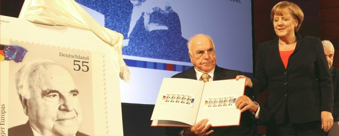 Merkel: Verbeugung vor dem historischen Lebenswerk Helmut Kohls