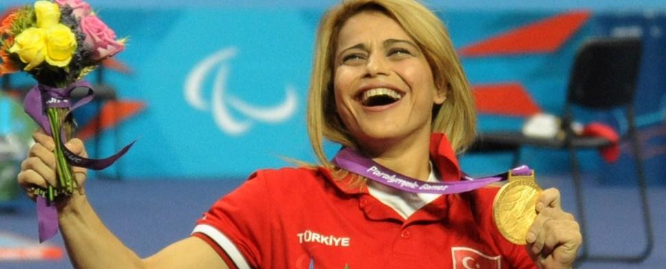 Paralympische Spiele: Türkische Sportlerin bricht Weltrekord