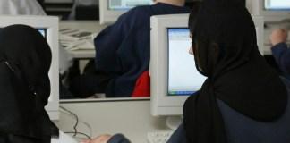 Arbeitsgericht Berlin: Diskriminierung wegen Kopftuchs unzulässig