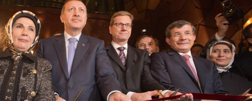 Größte türkische Botschaft weltweit eröffnet