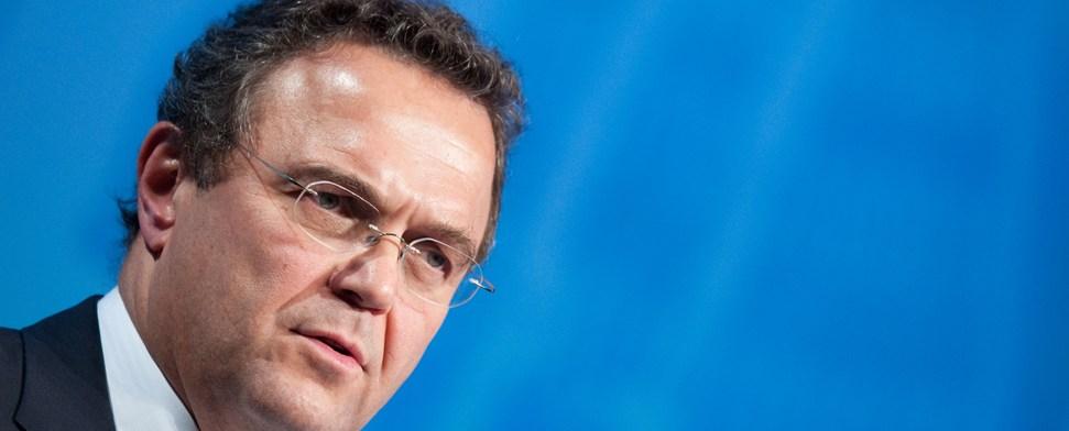 """Friedrich will Geld für Asylbewerber """"aus sicheren Staaten"""" kürzen"""