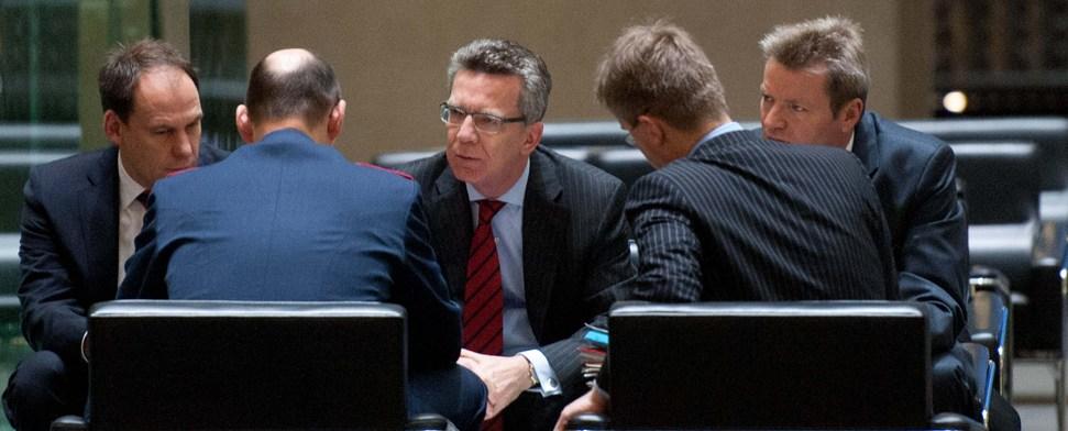 """De Maizière: Bundestag soll über """"Patriot""""-Einsatz entscheiden"""
