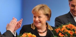 Angela Merkel mit Rekordergebnis wiedergewählt