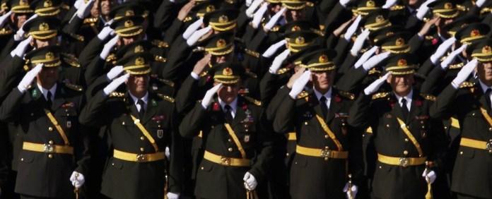 Türkei: Parteien wollen die Macht des Militärs einschränken
